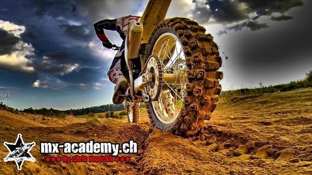 Motocross und Enduro fahren in der Schweiz