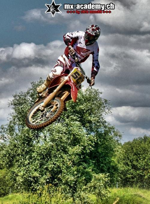 Motocross Training Chris Moeckli zeigt vor
