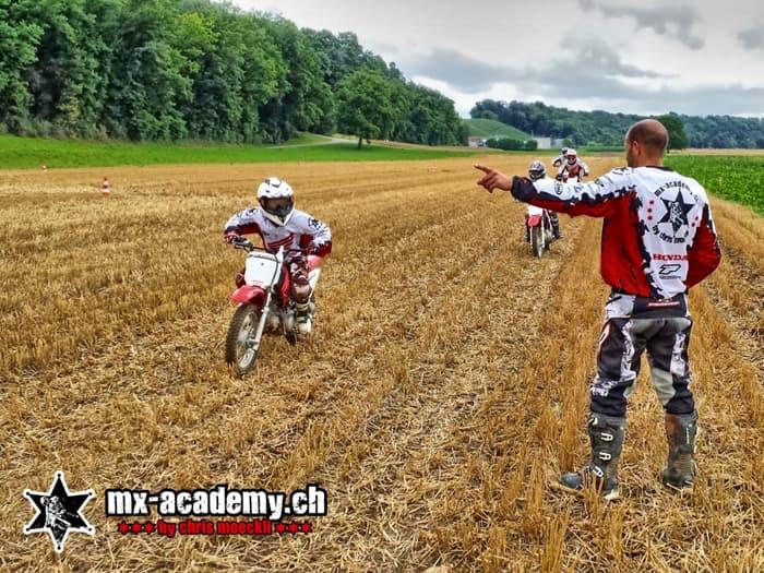 Kinder-Motocross-Schweiz, Kurs auf dem Acker
