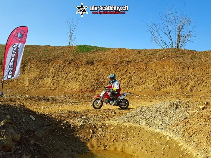 Mini-Motocross – learning to ride a Mini MX in Switzerland