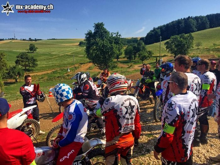 Motorrad Schweiz - Tipps und Tricks vom Profi Chris Moeckli