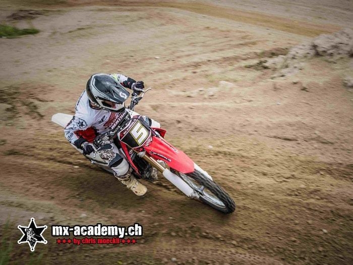 Riding MX off-road as an ideal Supermoto training